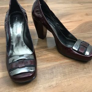 Vince Camuto Patent Leather Heels sz 7.5